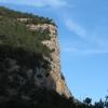 Кизил-Кая - правый столб входных ворот Чернореченского каньона. Поход по Крыму. Фото Дмитрия Киселева