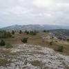 Вид на Ялтинскую яйлу (далёкая вершина в левой части снимка — Кемаль-Эгерек)